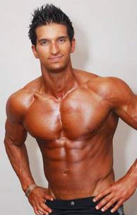 Vince DelMonte 8% body fat
